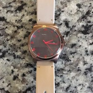 Mbm1215 MARC BY MARC JACOBS watch